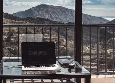La demanda de alojamiento de nómadas digitales en España crece un 291%