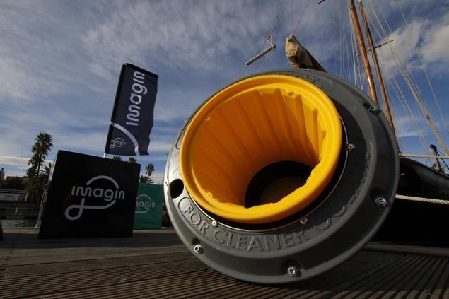Los Seabins funcionan como contenedores marinos flotantes que se ubican en los puertos a nivel de agua.