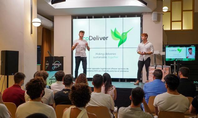 Demo Day de eCoDeliver en el imaginCafé ante inversores.