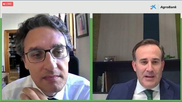 Fernando Miranda, Secretario General de Agricultura y Alimentación, y Sergio Gutiérrez, director de AgroBank.