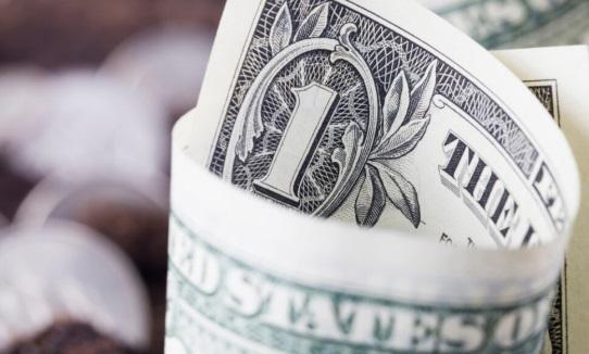 El dólar tiene una tendencia a la baja limitada a pesar del aumento temporal del techo de la deuda