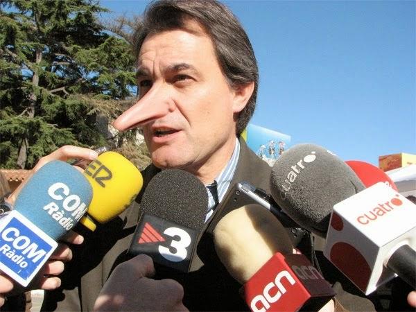 A Artur Mas le creció la nariz