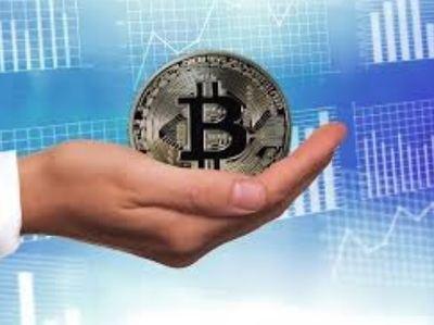 Un tercio de los inversores españoles asesorados busca invertir en criptodivisas de modo independiente